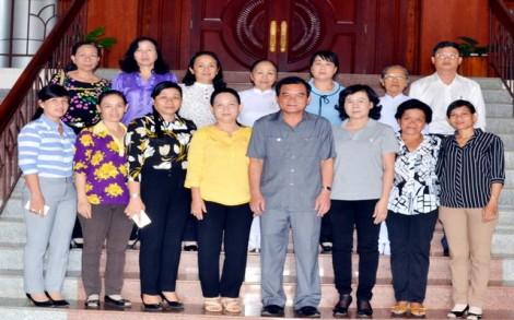 Thường trực Tỉnh uỷ: Gặp mặt Đoàn đại biểu Tây Ninh tham dự Đại hội đại biểu phụ nữ toàn quốc