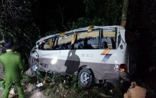 Xe khách lao xuống vực, 23 người thương vong