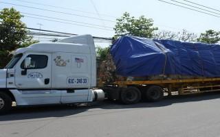 Công an Bến Cầu: Xử lý xe chở phế liệu quá tải