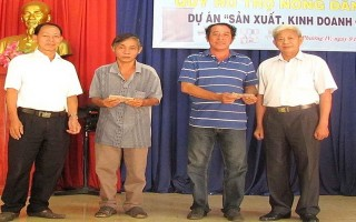 Hỗ trợ 185 triệu đồng cho nông dân phường IV, thành phố Tây Ninh