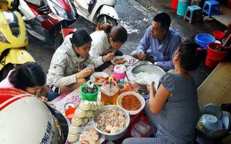 Coi chừng ủ bệnh với thức ăn đường phố