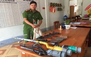 Châu Thành: Tổng kết công tác vận động giao nộp vũ khí, vật liệu nổ, công cụ hỗ trợ