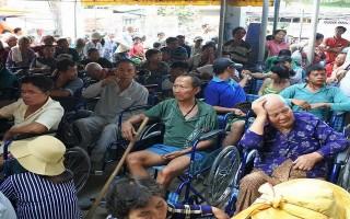 Hội từ thiện Bàn Tay Nhân Ái: Tặng quà cho hộ nghèo ở Bến Cầu