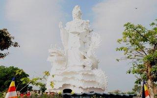 Chùa Thiền Lâm – Gò Kén: Khánh thành tượng Bồ tát Quán Thế Âm