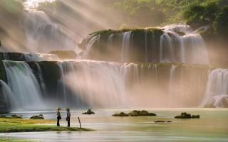 Hang Sơn Đoòng, thác Bản Giốc là kỳ quan châu Á
