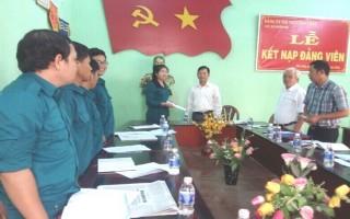 Kinh nghiệm phát triển đảng viên và nâng cao chất lượng chi, đảng bộ ở Tân Châu