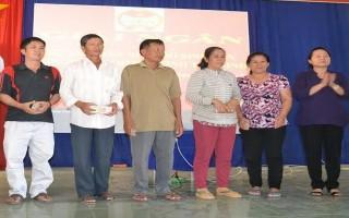 Giải ngân vốn vay cho hội viên nông dân huyện Dương Minh Châu