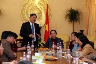 Xây dựng hình ảnh đẹp của phụ nữ Việt trong lòng nước Đức