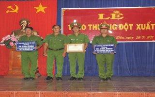 UBND tỉnh: Khen thưởng lực lượng Công an có thành tích xuất sắc trong đấu tranh phòng chống tội phạm