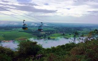 Ngắm cảnh đẹp quanh Núi Bà Đen sau những cơn mưa