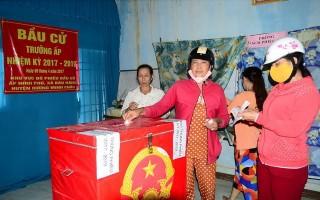 Huyện Dương Minh Châu: Tiến hành bầu cử trưởng ấp, trưởng khu phố