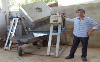 Sáng chế thành công máy trộn và sấy muối ớt