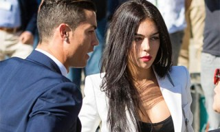 Bạn gái Ronaldo mất việc vì CĐV và các tay săn ảnh