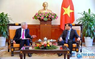 Việt Nam - Anh: Tăng cường hợp tác trong lĩnh vực quốc phòng