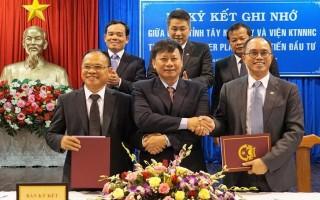 Tây Ninh: Ký kết biên bản ghi nhớ về thực hiện quy hoạch tổng thể và xúc tiến đầu tư trong tỉnh