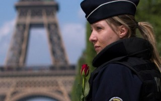 Luật 44 giờ im lặng trước bầu cử Pháp