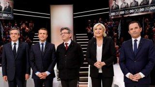 Bầu cử Pháp: Các ứng cử viên ưu tiên mục tiêu chống khủng bố