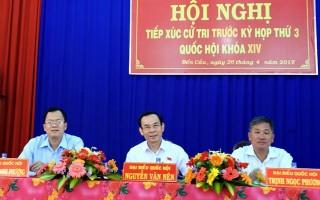 Đại biểu Quốc hội tiếp xúc cử tri Bến Cầu trước kỳ họp thứ 3