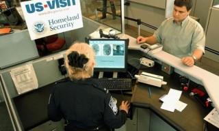 Mỹ cân nhắc siết chặt thủ tục xin thị thực