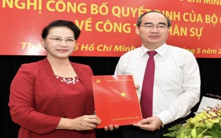 Đồng chí Nguyễn Thiện Nhân nhận quyết định làm Bí thư Thành ủy TPHCM