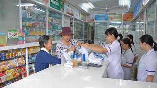 Càng lên tuyến trên, bệnh viện càng ít dùng thuốc nội