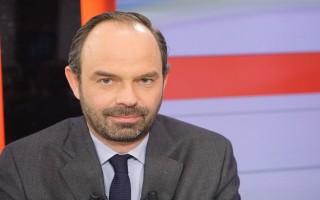 Tổng thống Pháp chỉ định người ngoài đảng làm Thủ tướng
