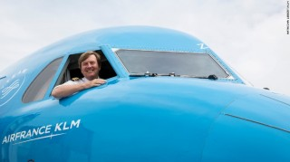 Vua Hà Lan bí mật lái máy bay chở khách 21 năm