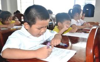 """Gần 900 học sinh tham gia cuộc thi """"Học bổng Toán Geniuskid"""""""