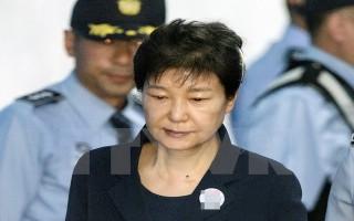 Cựu Tổng thống Hàn Quốc Park Geun-hye bị đưa trở lại nhà giam