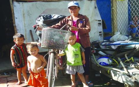 Người phụ nữ hơn 20 năm thu nhặt ve chai