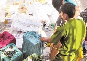 """Buôn lậu thuốc lá tại khu vực biên giới tỉnh Đồng Tháp """"nóng"""" trở lại"""