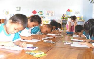 Hàng ngàn trẻ có cơ hội đến trường