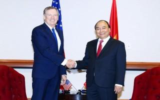 Thủ tướng Nguyễn Xuân Phúc tiếp Đại diện Thương mại, Bộ trưởng Nông nghiệp, Bộ trưởng Thương mại Hoa Kỳ