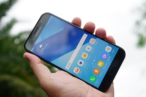 """Khi Note 7 tân trang lên kệ, 6 smartphone này sẽ """"khó sống""""!"""