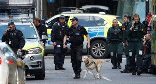 Cảnh sát London bắt 12 người sau các vụ tấn công khủng bố