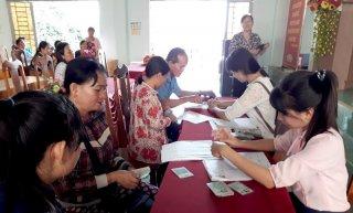 Hội LHPN tỉnh Tây Ninh: Giải ngân vốn cho hội viên, phụ nữ xã Chà Là