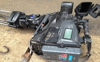 Khởi tố vụ tông xe đe dọa phóng viên, phá hỏng máy quay phim