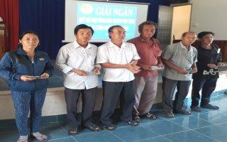 Giải ngân vốn vay cho hội viên nông dân huyện DMC