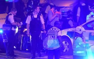 Xe tải đâm người đi bộ ở London, gây nhiều thương vong
