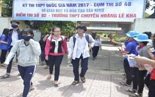 Ngày thi thứ 2 kỳ thi THPT Quốc gia: Một thí sinh bỏ thi vì sức khỏe yếu