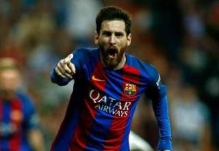 """Twitter Champions League gây tranh cãi vì gọi Messi là... """"người vĩ đại nhất"""""""