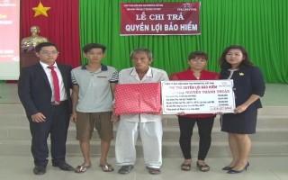 Prudential Tây Ninh chi trả gần 240 triệu đồng cho khách hàng tại Tân Biên