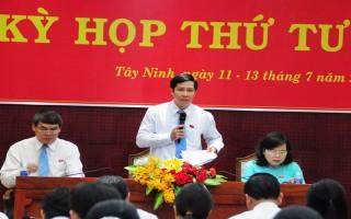 HĐND tỉnh tiến hành phiên chất vấn và trả lời chất vấn tại Kỳ họp thứ 4, khóa IX