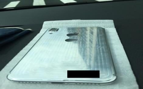 iPhone 8 xuất hiện với mặt lưng kim loại, cảm biến Touch ID