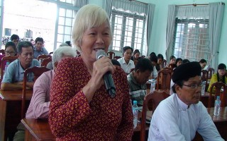 Đại biểu HĐND tỉnh, huyện tiếp xúc cử tri