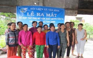 Ra mắt Tổ hợp tác phụ nữ sản xuất mãng cầu ta ấp Tân Trung