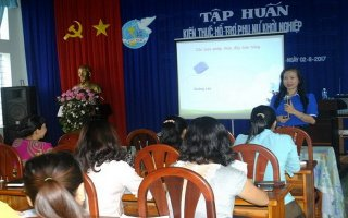 Hội LHPN tỉnh: Tập huấn kiến thức hỗ trợ phụ nữ khởi nghiệp