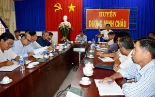 Huyện Dương Minh Châu: Cần tập trung phát triển cánh đồng lớn