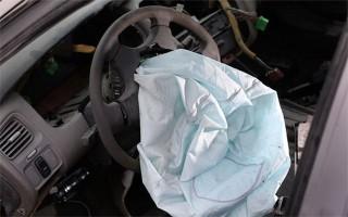 Khách hàng Nissan có thể nhận 500 USD vì lỗi túi khí