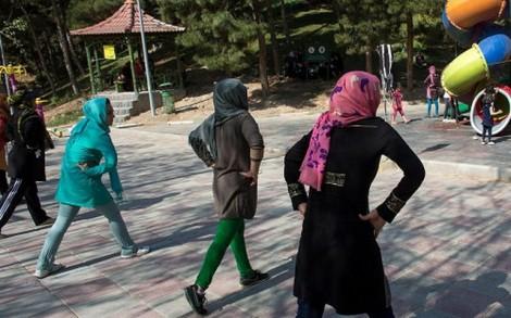 Trẻ em Iran bị bắt vì dạy nhảy Zumba
